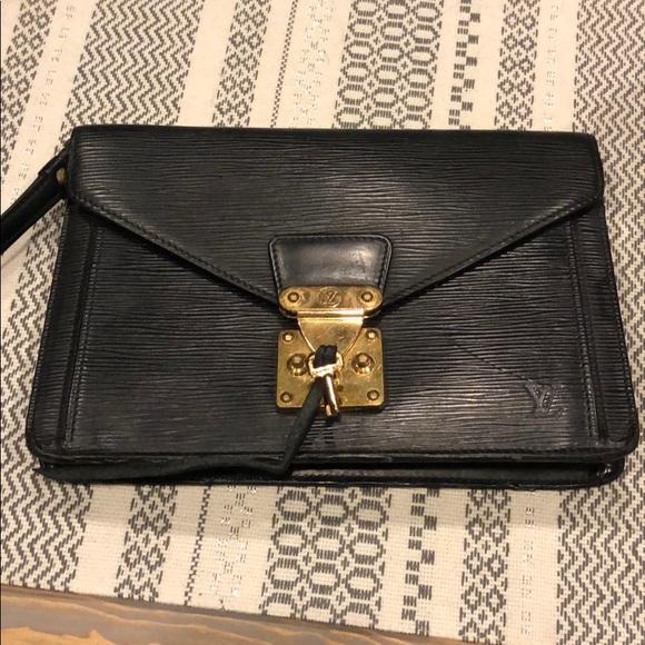 19892a610a5b Louis Vuitton Handbags - Vintage Louis Vuitton Sellier Dragonne Clutch